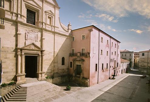 Il Canopoleno con la chiesa di Santa Caterina Sassari.