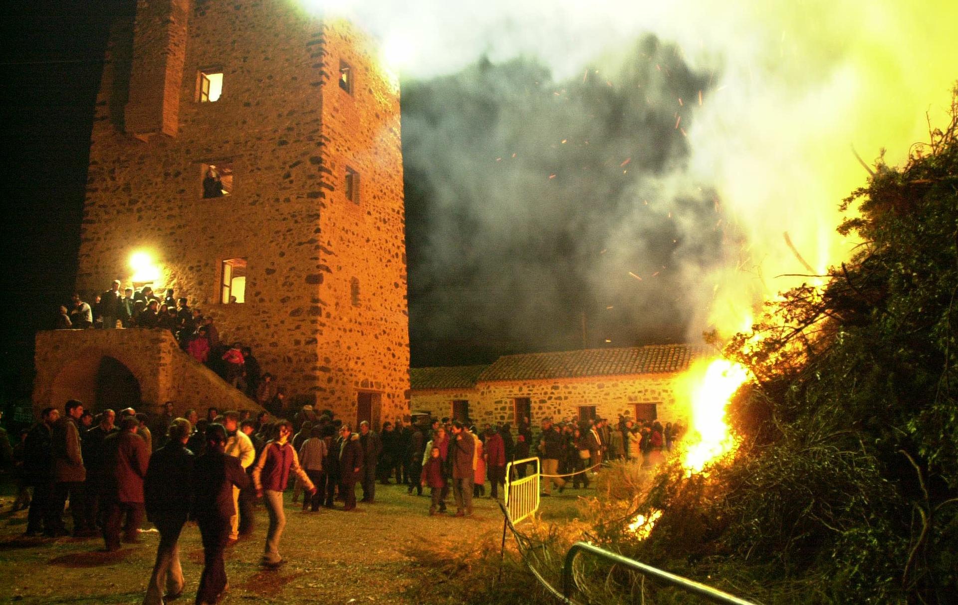 Orosei, fuochi per la festa di Sant'Antonio Abate 16 gennaio.
