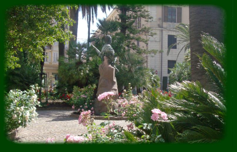 Maggio Sassarese Il Centro in … Fiore dal 9 all'11 Maggio 2014