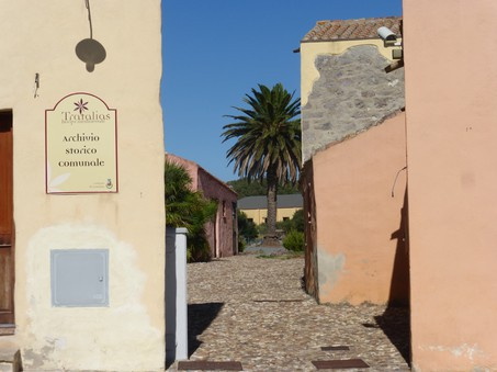 Chiesa Romanica Santa Maria di Montserrat – Tratalias (CI)