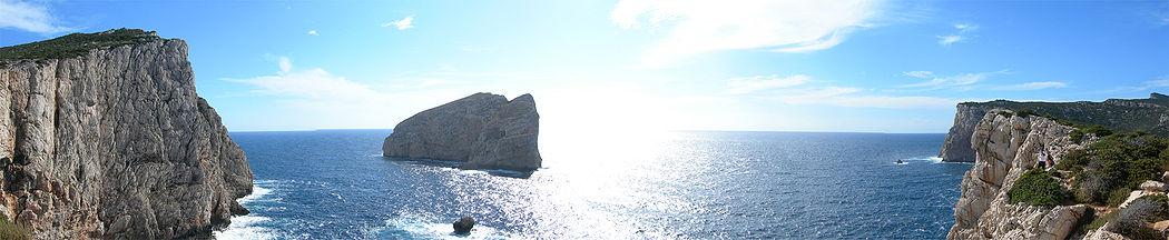 Capo Caccia panorama. No unanime del consiglio comunale di Alghero alle trivellazionei al largo di Capo Caccia.