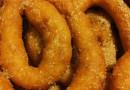 Scopri la nostra ricetta delle Zeppole di Carnevale.