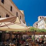 La città parte attiva dello sviluppo: partenariato con il Comune di Alghero per promuovere l'immagine delle aziende.