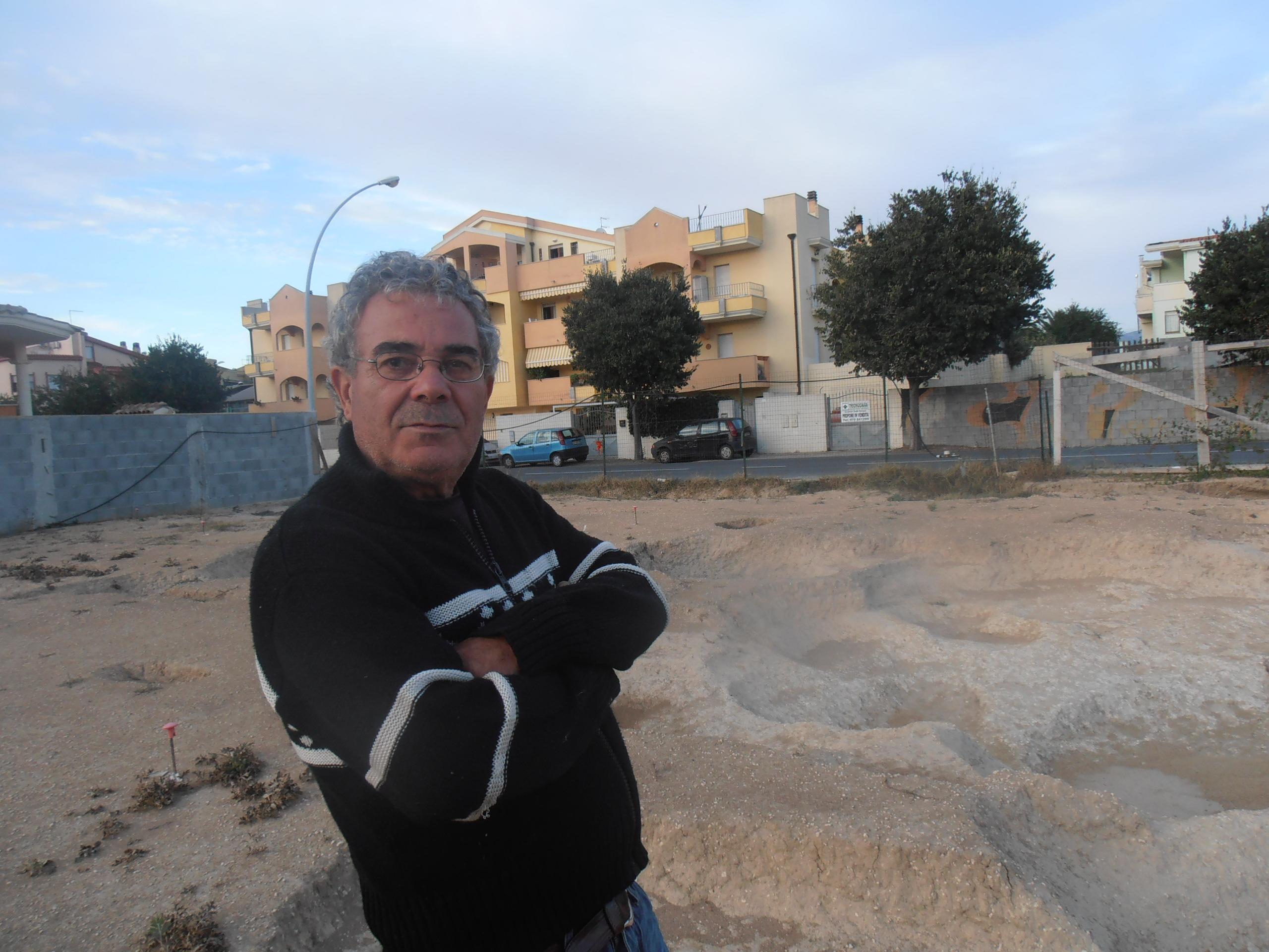 Carlo Desogus Archeologo per passione di Selargius autore di numerosi libri sulla storia della Sardegna.
