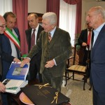 L'ambasciatore di Ungheria in Italia in visita a Stintino e sull'isola parco.