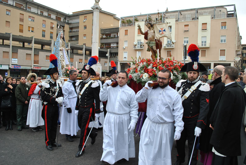 Si inizia il 12 marzo 2016 con il Settenario per la Vergine addolorata. Dal 20 al 27 marzo le processioni e le veglie sino a Pasqua.