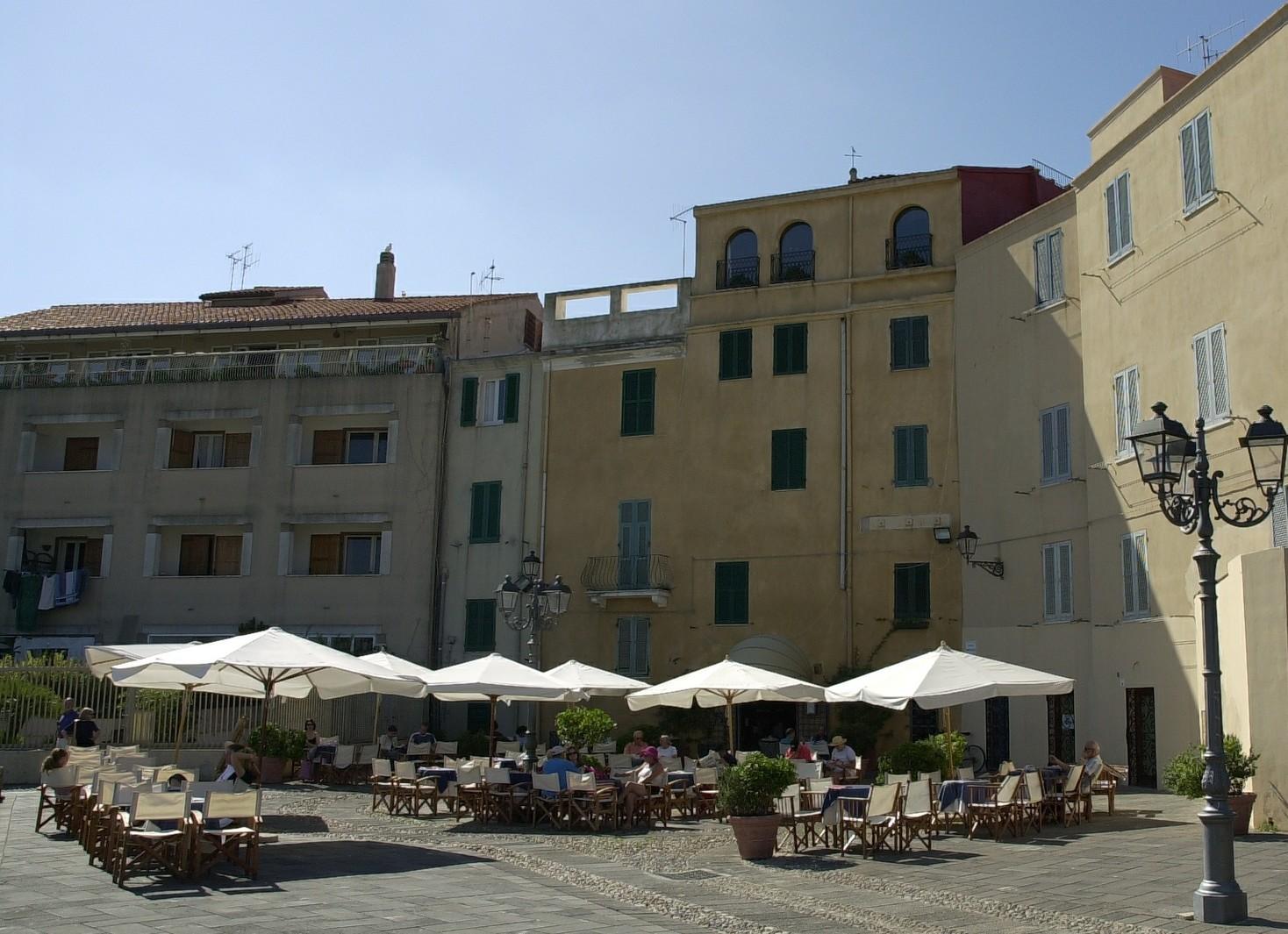 Mediterrània gli Eventi del 2016 ad Alghero per il mese di Maggio. Alghero centro storico.