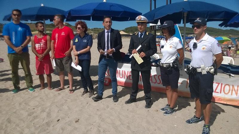 Estate 2016 sulle spiagge di Sassari con servizio di salvamento a mare bagnini e vigili per la sicurezza.