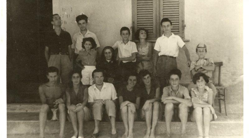 Stintino Foto gruppo cugini Berlinguer. Conferito lo Stintinese doc alla famiglia Berlinguer.