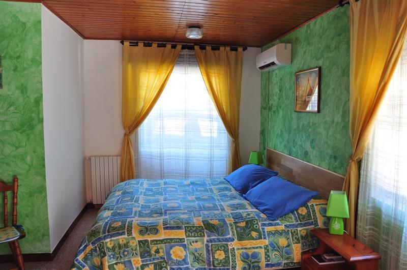 """Agriturismo """"Le Tre Grazie"""" Reg. Zirra Pod.74, S.M. La Palma 07040 Alghero (SS). Turismo ad Alghero, dove dormire e dove mangiare."""