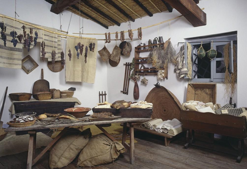 la dispensa della casa di Grazia Deledda Museo Deleddiano Nuoro