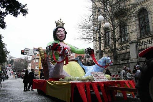 carro allegorico carnevale tempiese