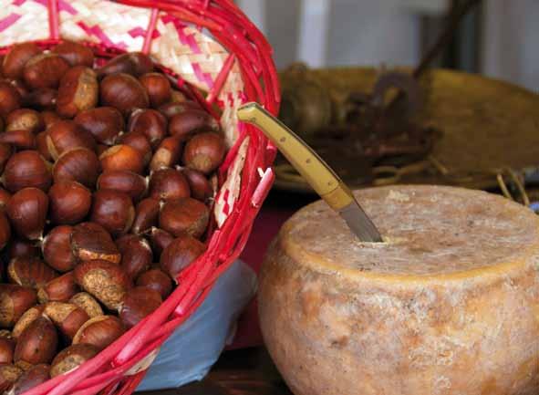 Prodotti Tipici Desulo, Cortes Apertas a Desulo 1 2 3 novembre 2013, Autunno in Barbagia a Desulo  La montagna produce  1 2 3 Novembre 2013