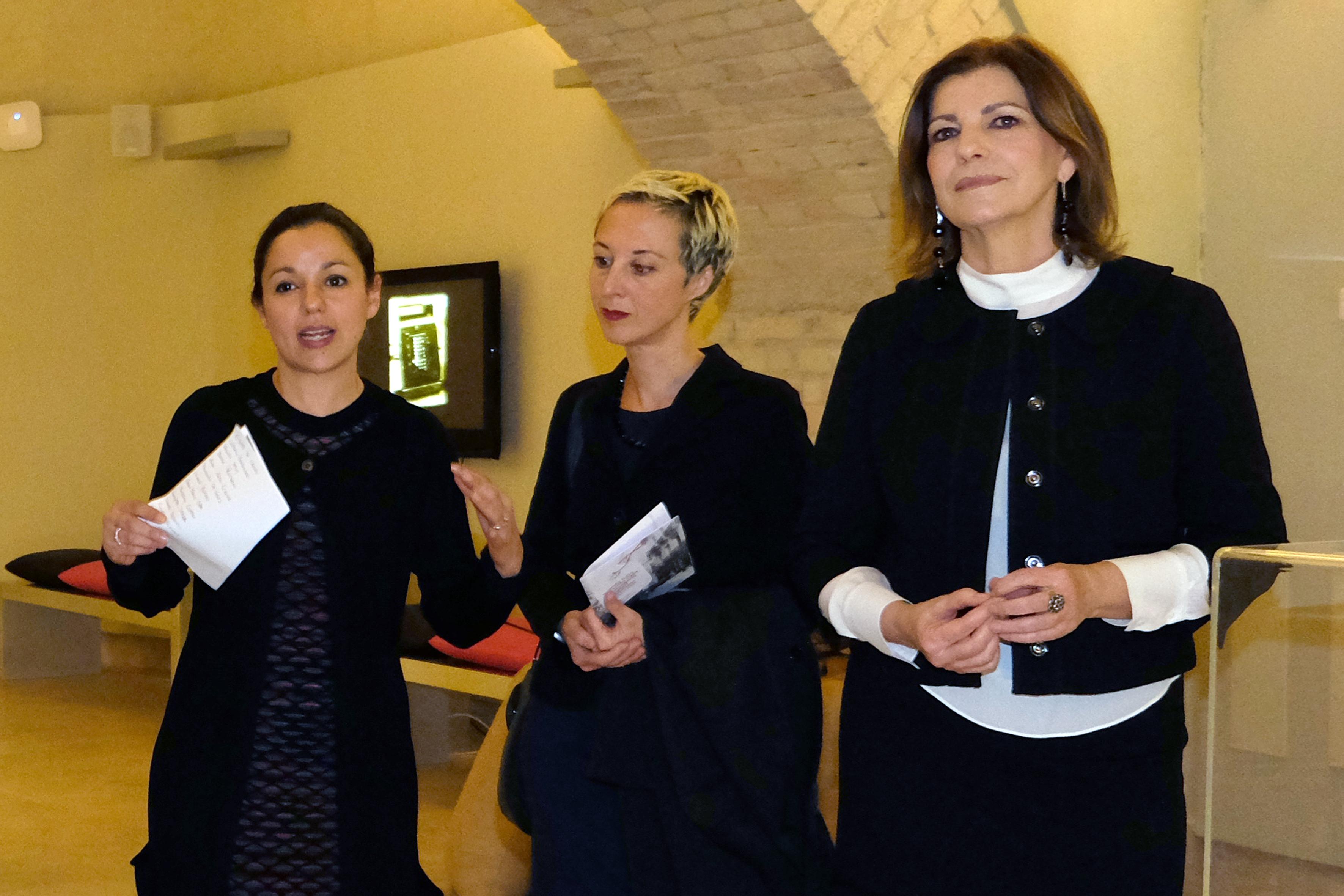 """2 Inaugurata il 14 marzo a Cagliari ai Musei Civici la Mostra """"Quando tutto era sotto casa"""" che divisa in 3 Atti ci accompagnerà per tutto il 2014"""