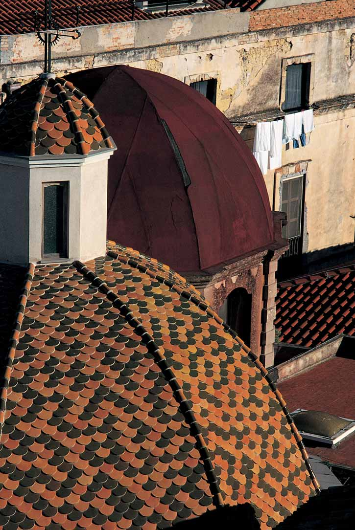 Cagliari cupola della chiesa di San Giuseppe, costruita nel 1641 dagli Scolopi.