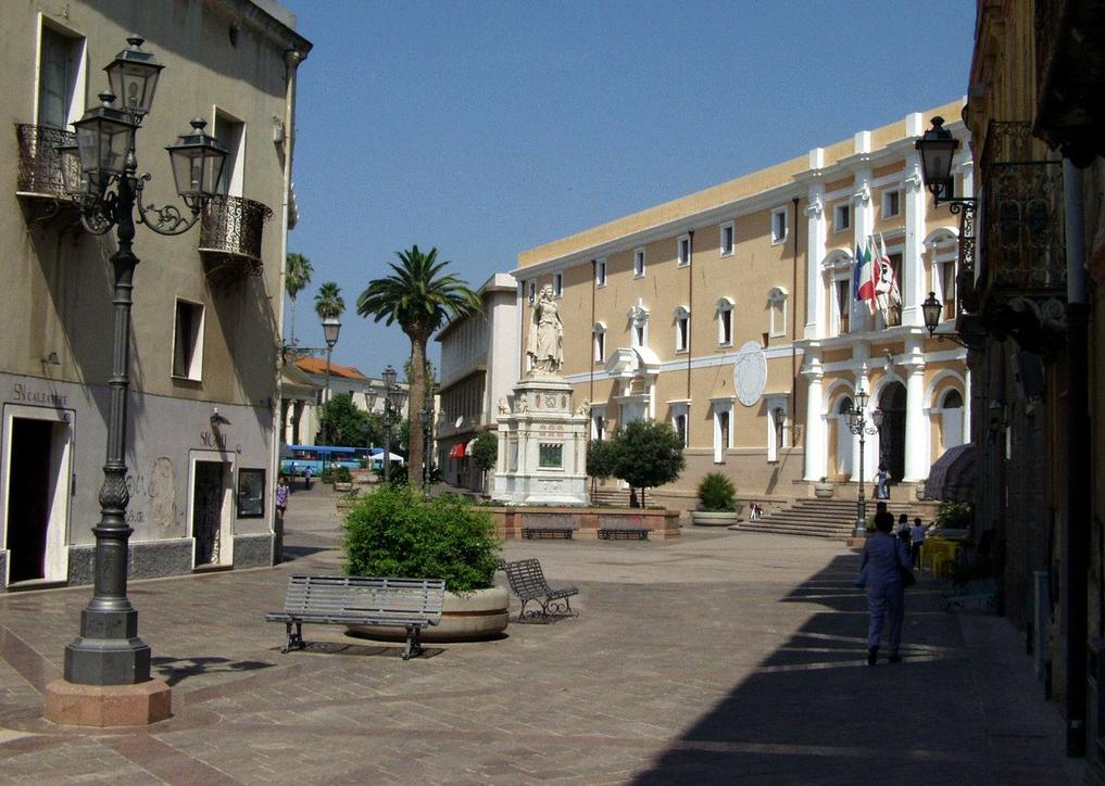 Oristano piazza Eleonora d'Arborea Monumenti Aperti 2014