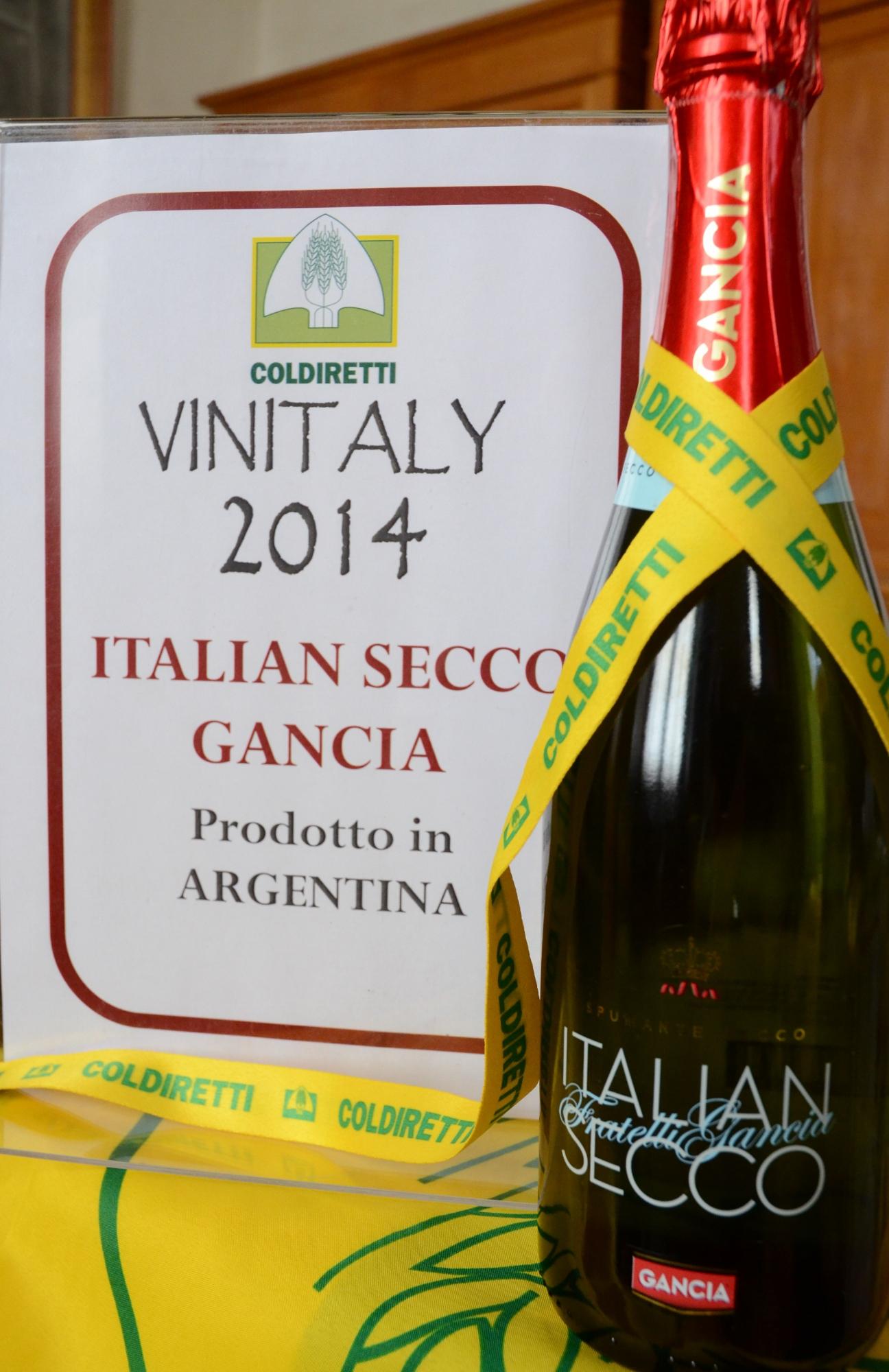 """gancia argentino AL VINITALY 2014 LO SCANDALO """"ITALIAN SECCO"""" prodotto da Gancia in Argentina"""