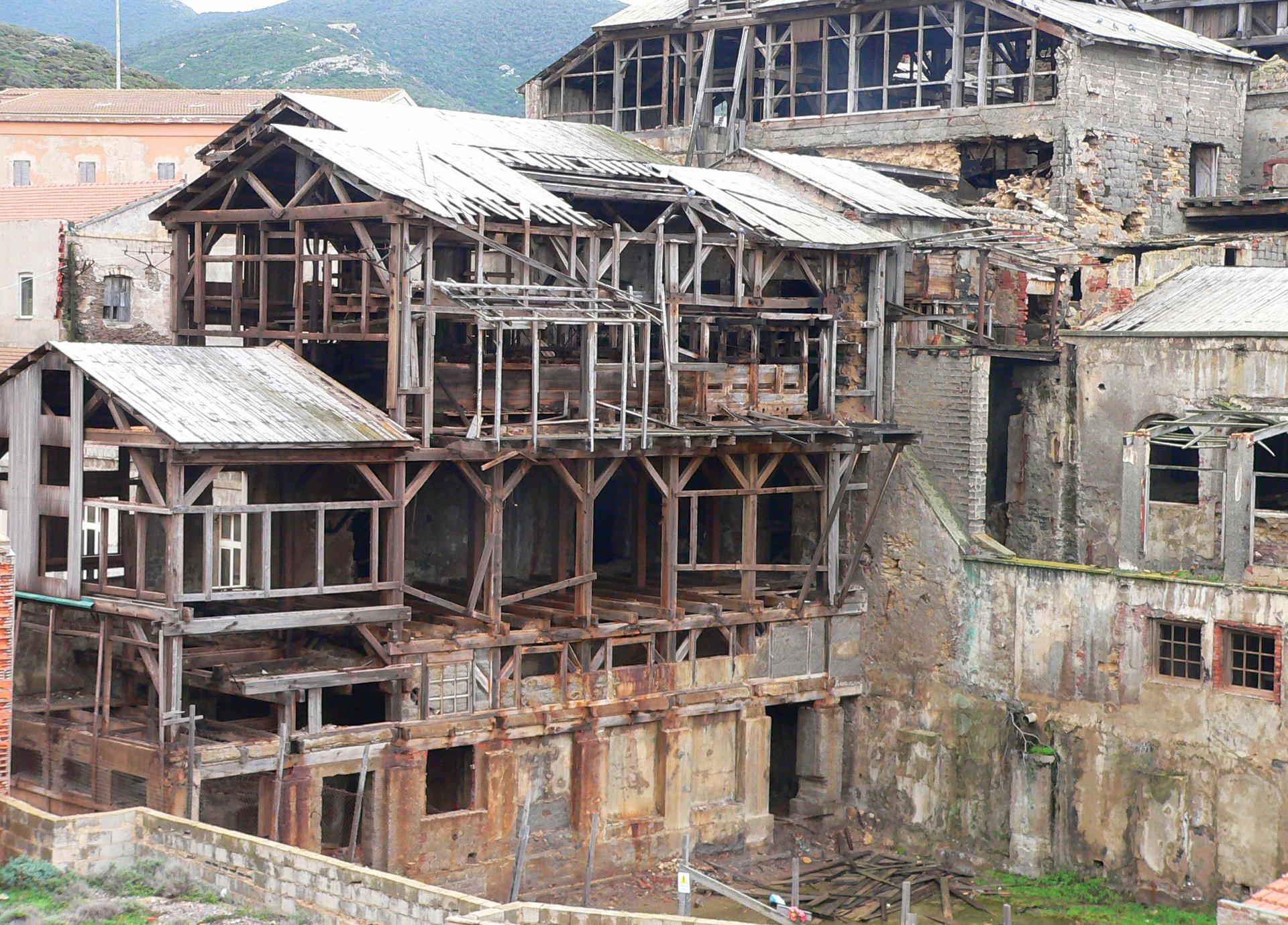 Industria abbandonata località Argentiera Sassari.