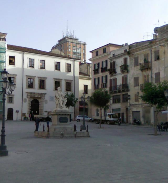 Piazza Tola Sassari