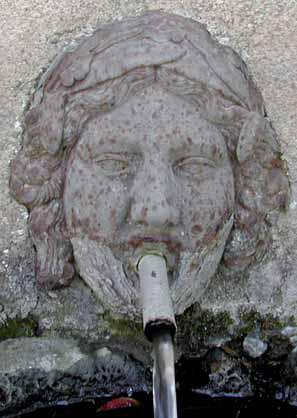 Primavera a Birori e Bortigali - fontana pubblica