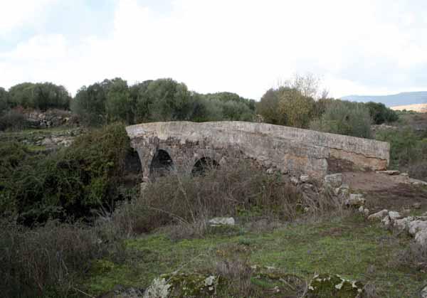 Primavera a Birori e Bortigali - ponte romano