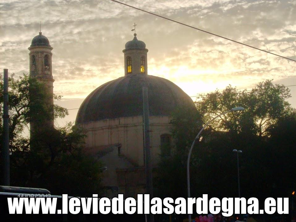 Santa Maria in Betlem al tramonto Sassari
