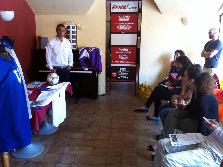 """""""Le maglie del Prof"""" Cagliari Centro Comunale d'Arte e Cultura Exmà 20 giugno – 20 luglio 2014"""