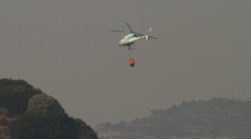 Elicottero antincendio in Sardegna. Giornata regionale della memoria delle vittime degli incendi in Sardegna.