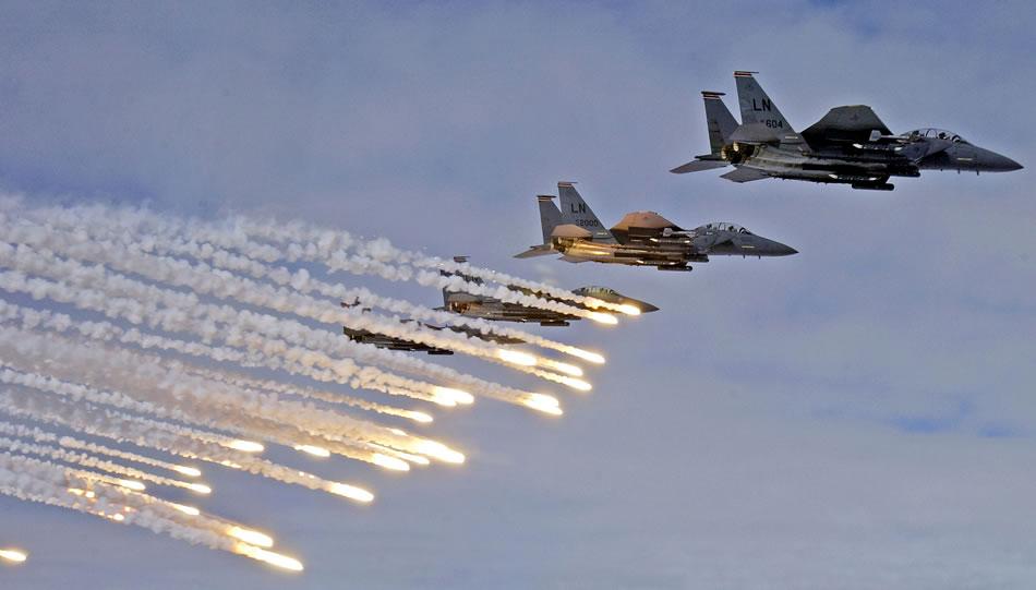 Eservitazioni militari aerei di israele