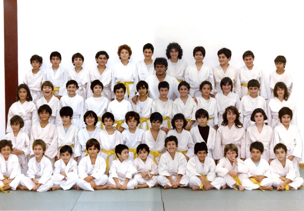 Judo foto gruppo anno 1984 - comune di sassari