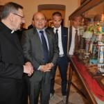 Padre Francesco Zirano eroe positivo della città.