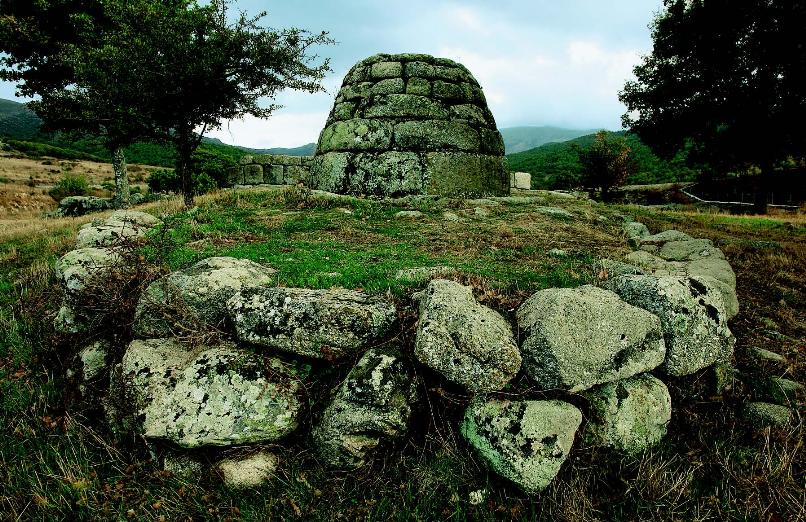 Tombe di giganti di Madau Fonni visite guidate