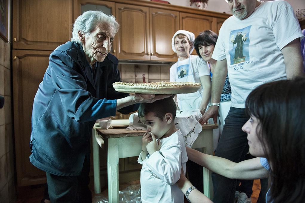 Antoniangela. ISRE - Nuoro - Presentazione a Nuoro del film di Ignazio Figus e Cosimo Zene, S'impinnu (Il voto).  venerdì 19 dicembre 2014 ore 18.00