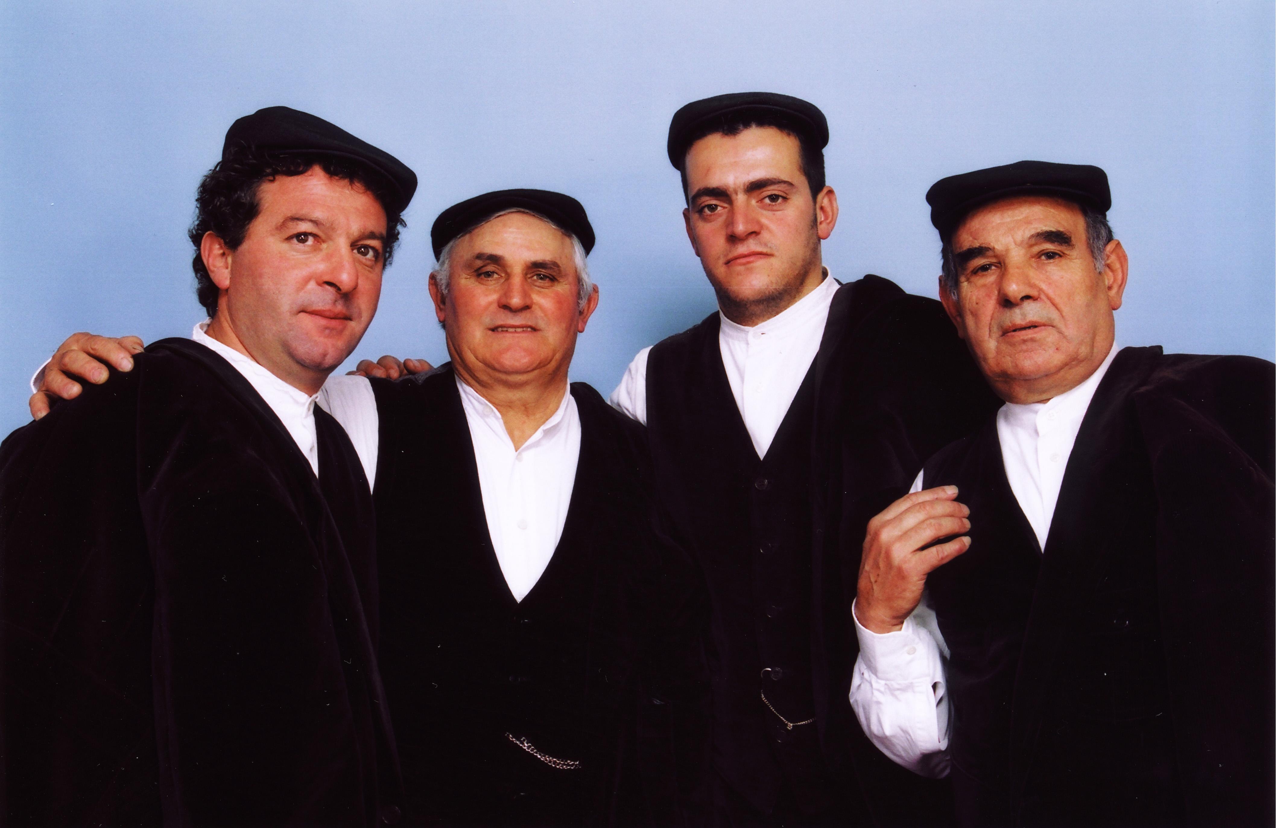 """Coro di Bitti. Ai Confini tra Sardegna e Jazz XXIX Edizione 18 Dicembre 2014 Palanuraghe, Sant'Anna Arresi, ore 21:00 Coro di Bitti """"Remunnu 'e Locu""""."""