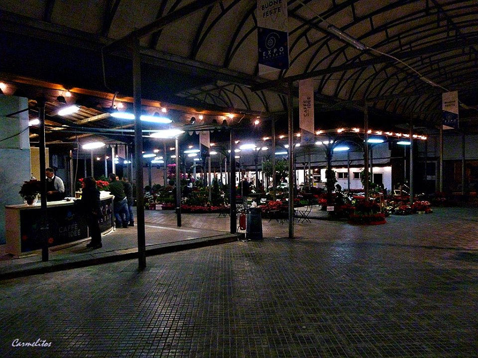 Mercato Civico Storico Sassari Expo foto di Carmelitos Rumbero.