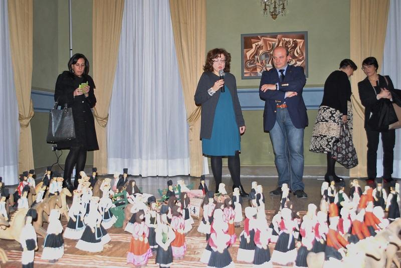 Sassari Nicoletta Boschiero con Nicola Sanna 13 dicembre 2014 Mostra Depero Tavolara.