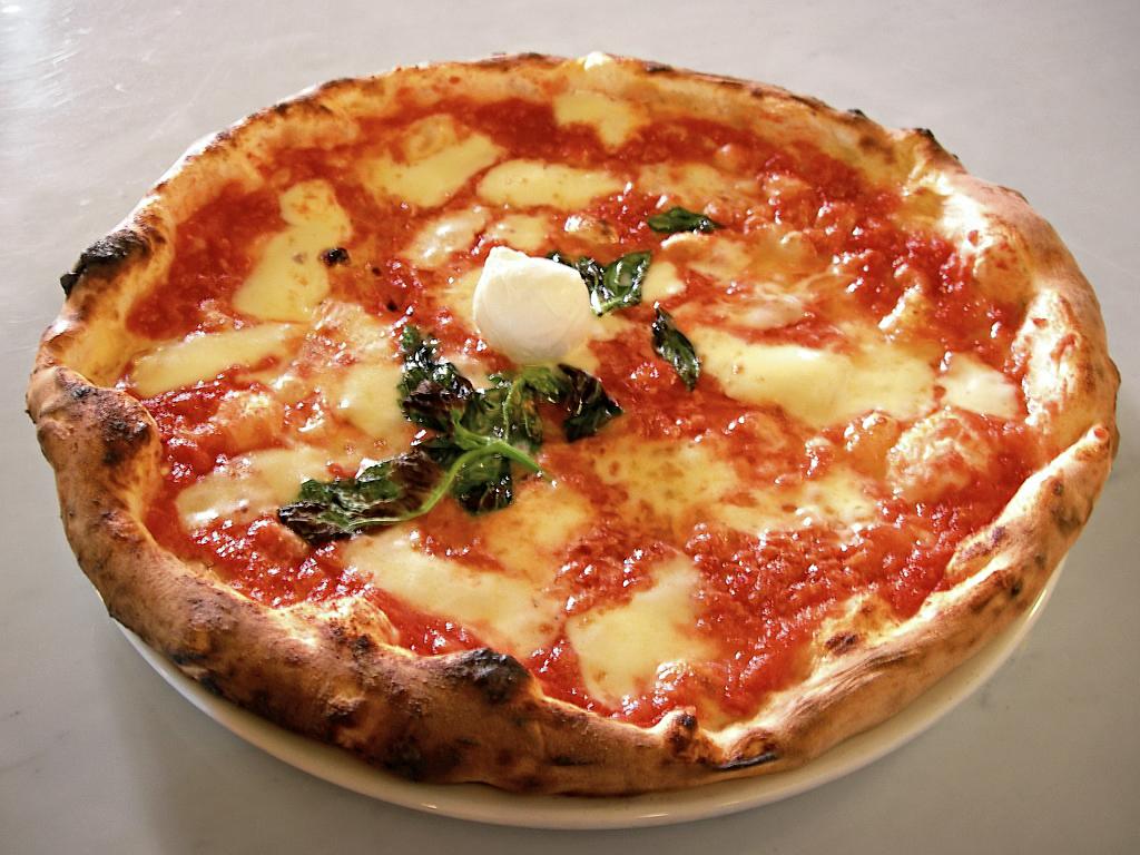 Pizza Margherita. Raccolta firme anche in Sardegna per sostenere il riconoscimento della pizza tra i Patrimoni dell'Unesco.
