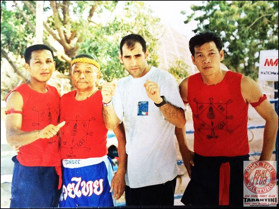 Vincenzo Casu Thailand 2001. Muay Thai - Dalla Sardegna le prime partenze per Pattaya 2015.