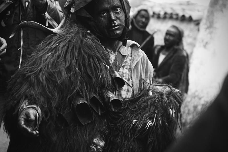 Carnevale della Sardegna foto di Antonio Baldino, Lula maschere