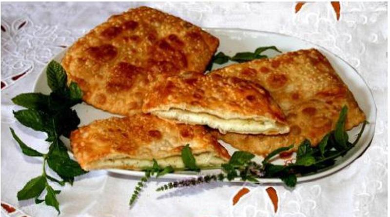Is Coccoisi de casu piatto tipico della gastronomia locale di Tonara nella provincia di Nuoro.