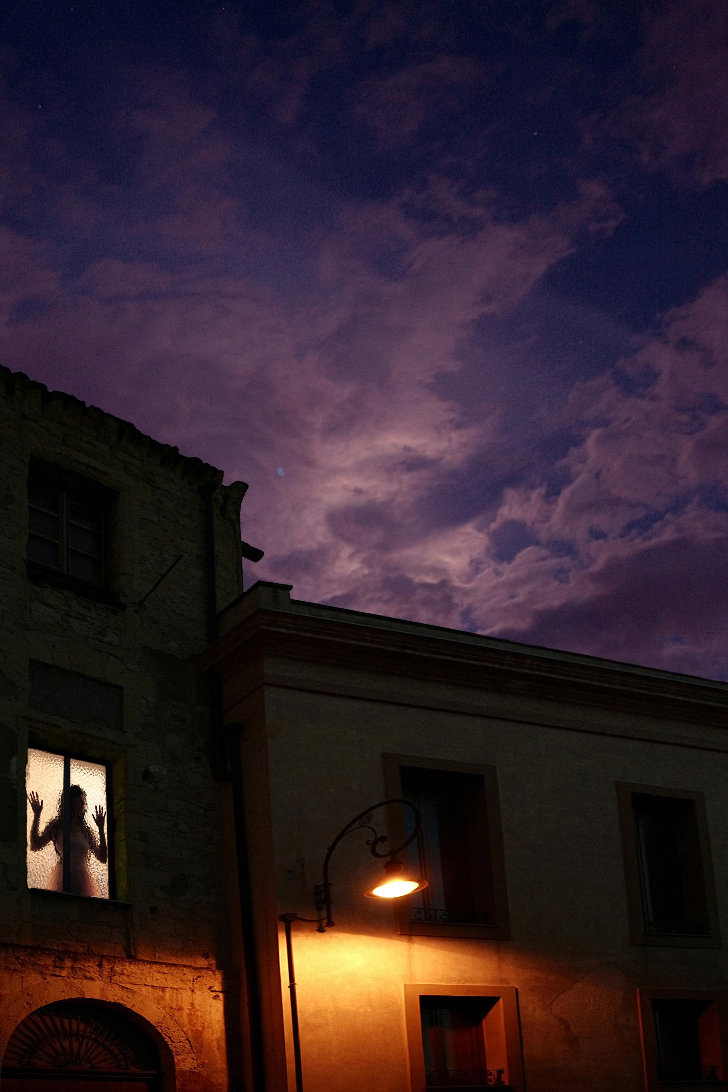 Foto di Francesca Randi. Il lavoro fotografico di Francesca Randi è invece incentrato sul concetto di Realismo Fantastico e Perturbante.