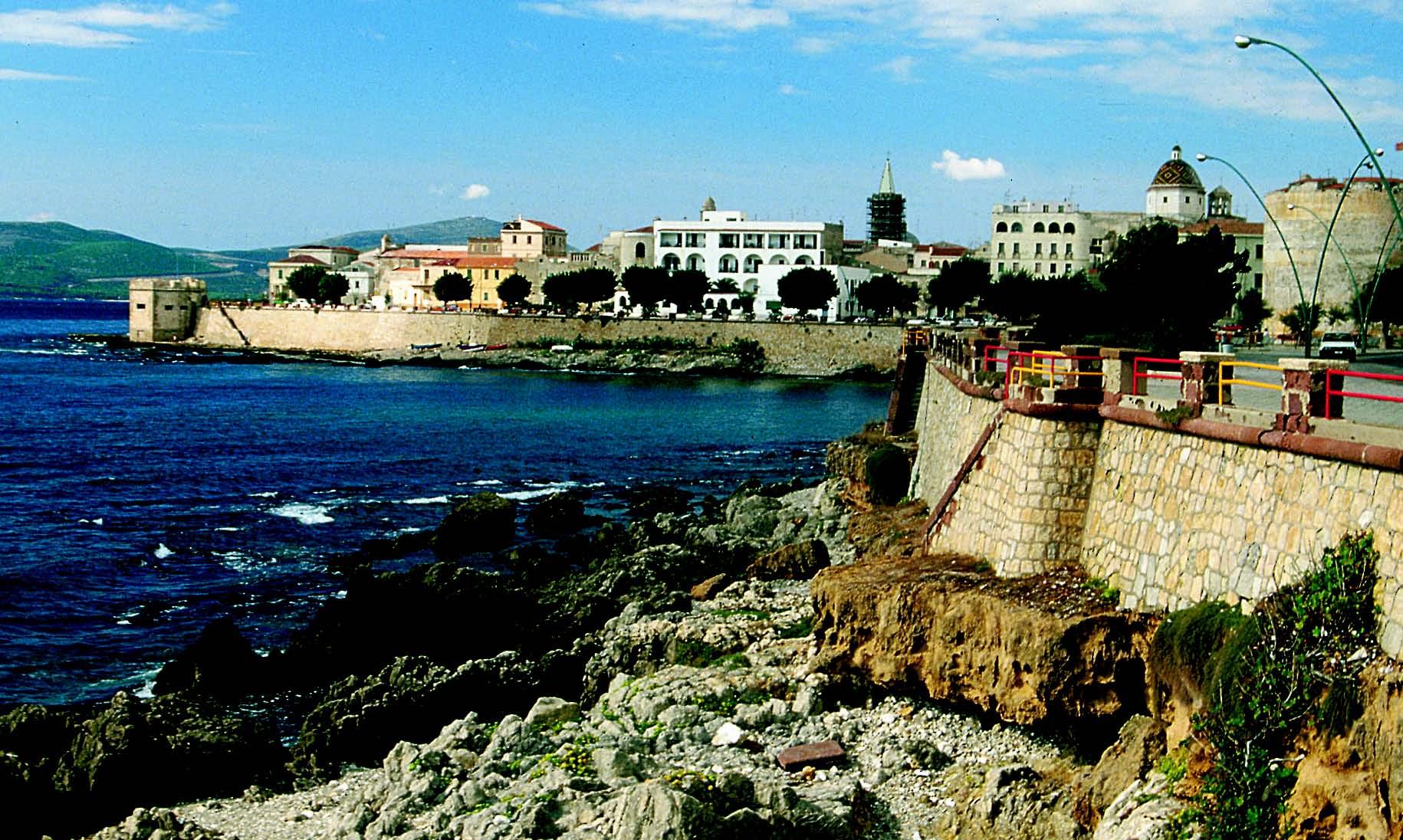 Alghero centro storico e del porto. Monumenti aperti ad Alghero 16 e 17 maggio 2015