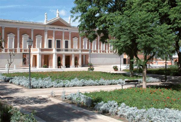 """Galleria Comunale d'Arte Musei Civici di Cagliari. """"Recital di chitarra - Matteo Mela"""" domenica 24 maggio 2015 Musei Civici di Cagliari."""