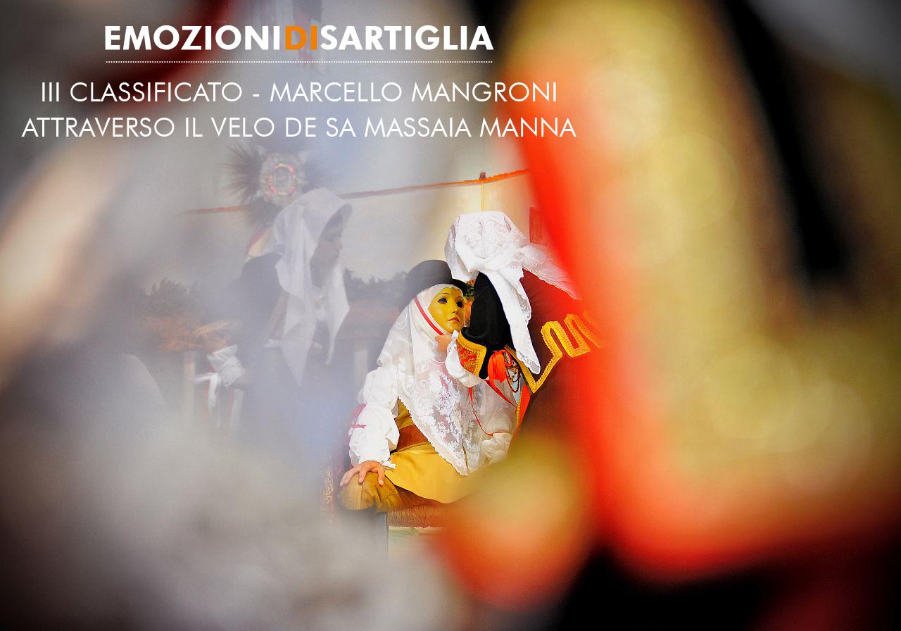 """Terzo classificato con la fotografia dal titolo """"Attraverso il velo de sa Massaia Manna"""" Marcello Mangroni di Santa Giusta"""