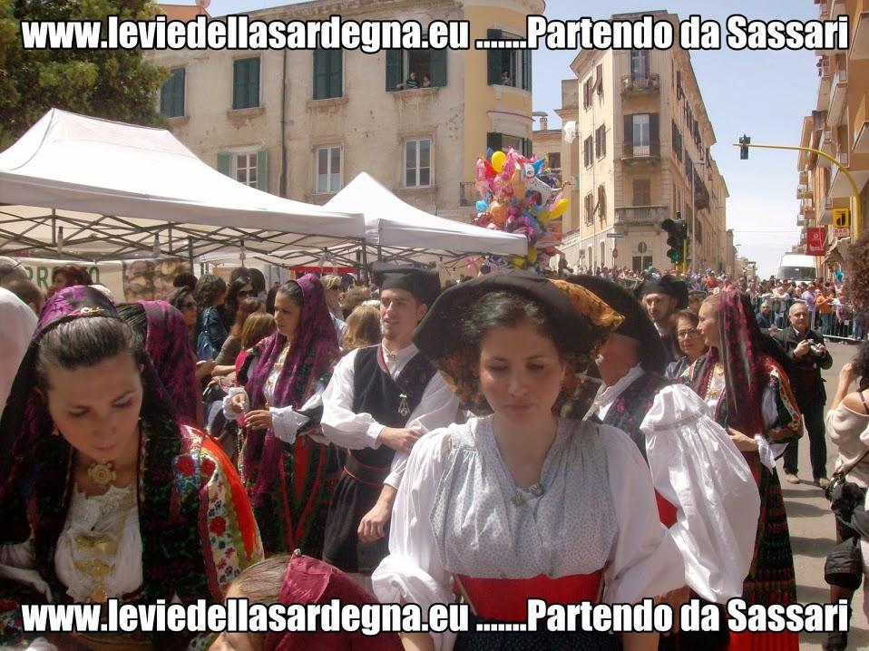 www.leviedellasardegna.eu .......Partendo da Sassari La Cavalcata Sarda sta per arrivare a Sassari 66esima edizione maggio 2015