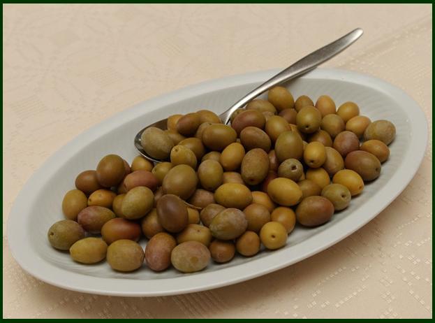 Olive sarde antipasto