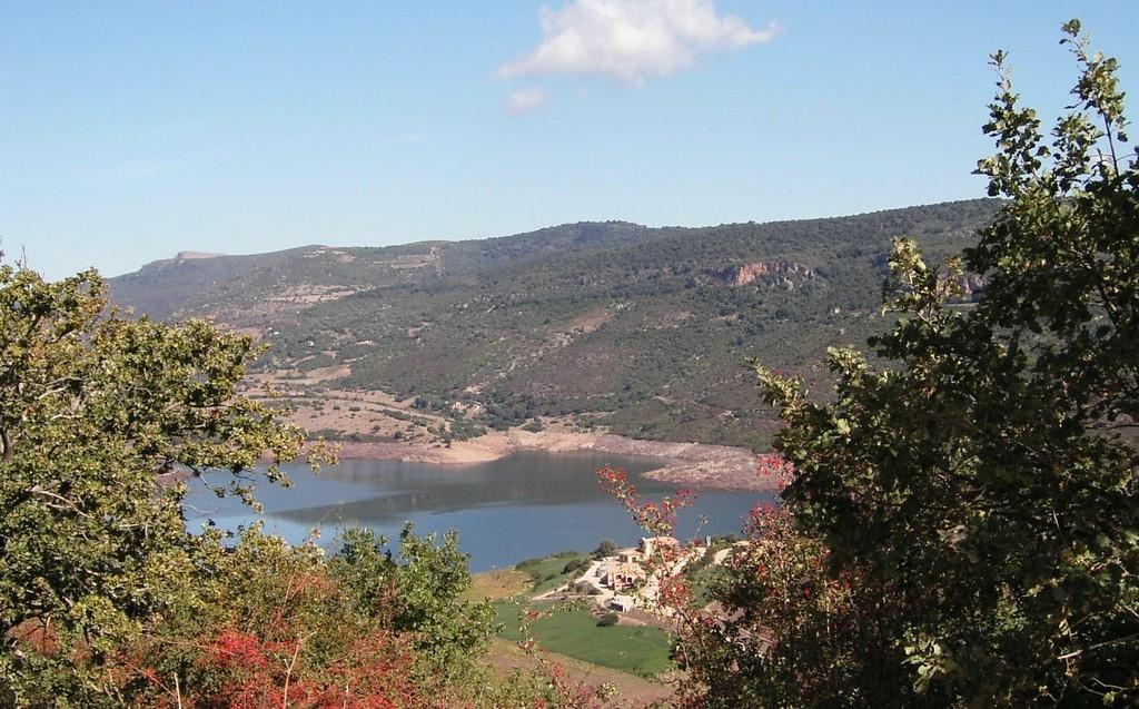 Lago del Flumendosa a Nurri provincia di Cagliari.