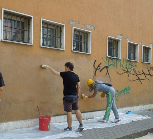 Si chiama baratto amministrativo ed è l'istituto con cui il Comune di Oristano, primo in Sardegna, offrirà ai cittadini in condizioni di difficoltà economiche la possibilità di avere una riduzione dei tributi in cambio di una loro prestazione al servizio della collettività.