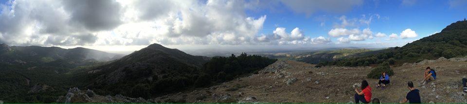 Barbarighinu foto facebook. Ajò in pullman domenica 11 ottobre 2015 sul... Sentiero dei Banditi un viaggio imperdibile tra spettacolari foreste ed alpestri paesaggi sulle misteriose tracce dei fuorilegge segreti abitatori della montagna scanese.