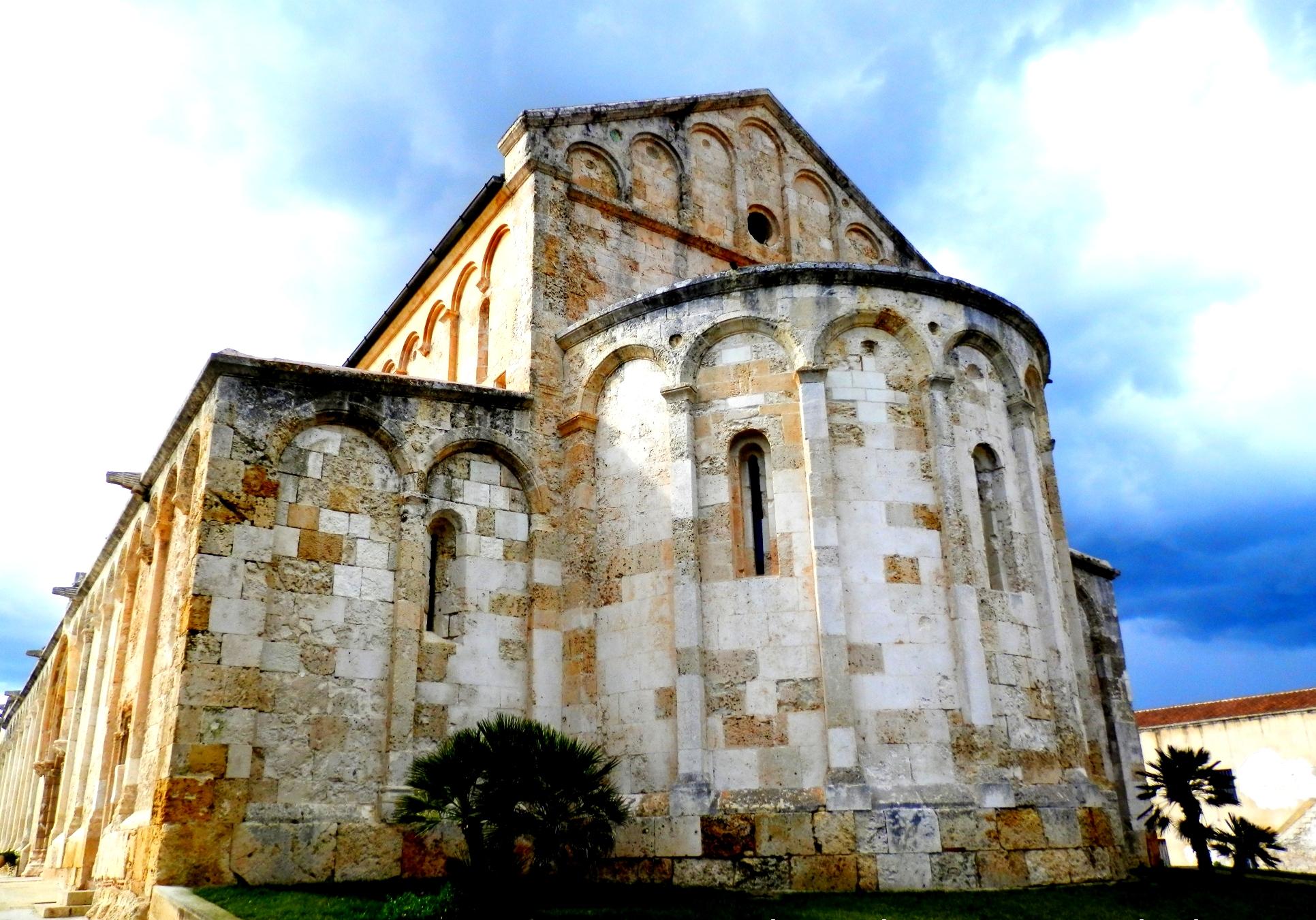 Tra i siti visitabili anche la Basilica romanica di San Gavino